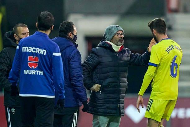 El Cádiz se plantea fichar a un centrocampista por José Mari