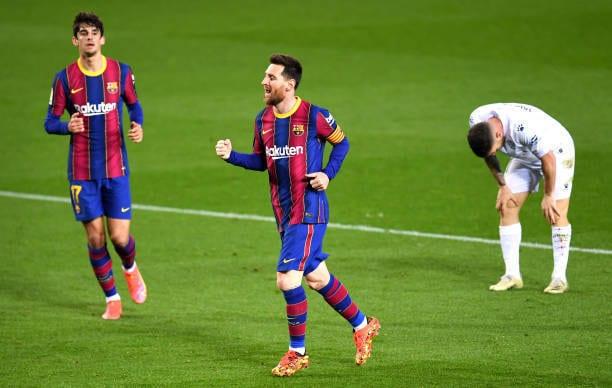 Crónica  FC Barcelona 4-1 SD Huesca: Victoria plácida y a por el líder