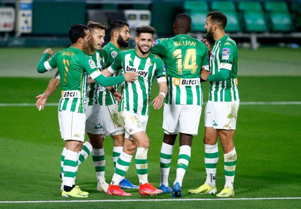 Crónica| Real Betis 2-0 Levante UD: El Betis se aferra a Europa