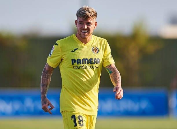 Alberto Moreno vuelve a disputar un partido oficial 221 días después