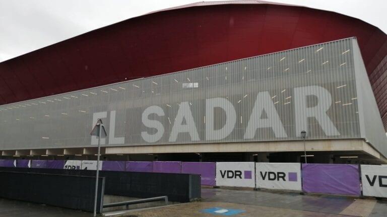 Osasuna organiza visitas guiadas a El Sadar para socios del club