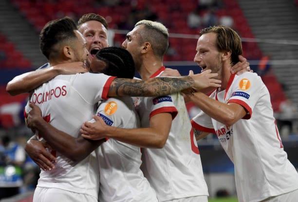 El Sevilla acuerda una prima salarial por ganar los cinco partidos restantes
